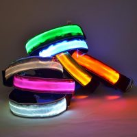 Light up glow in the dark flashing LED dog collar
